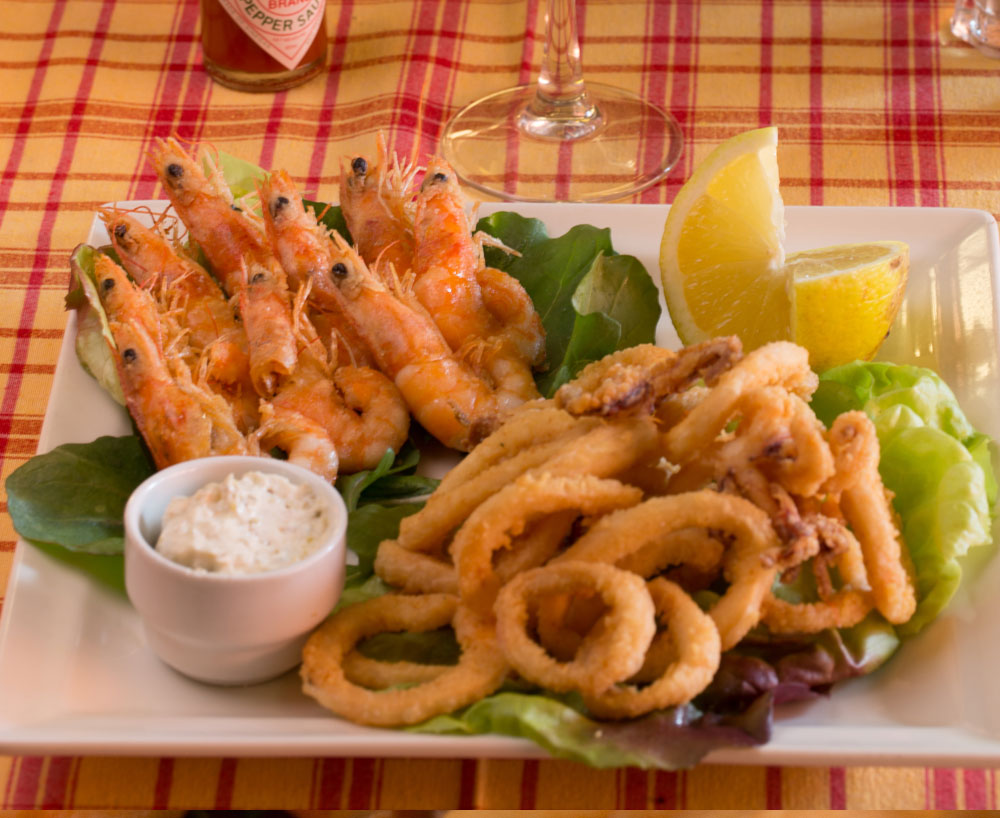 calamard-et-crevette-frit